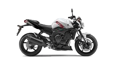 2013-Yamaha-FZ1-EU-Competition-White-Studio-002